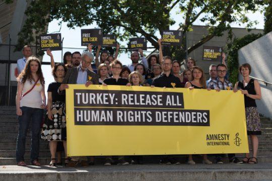 © Amnesty International/Christoph Bartylla