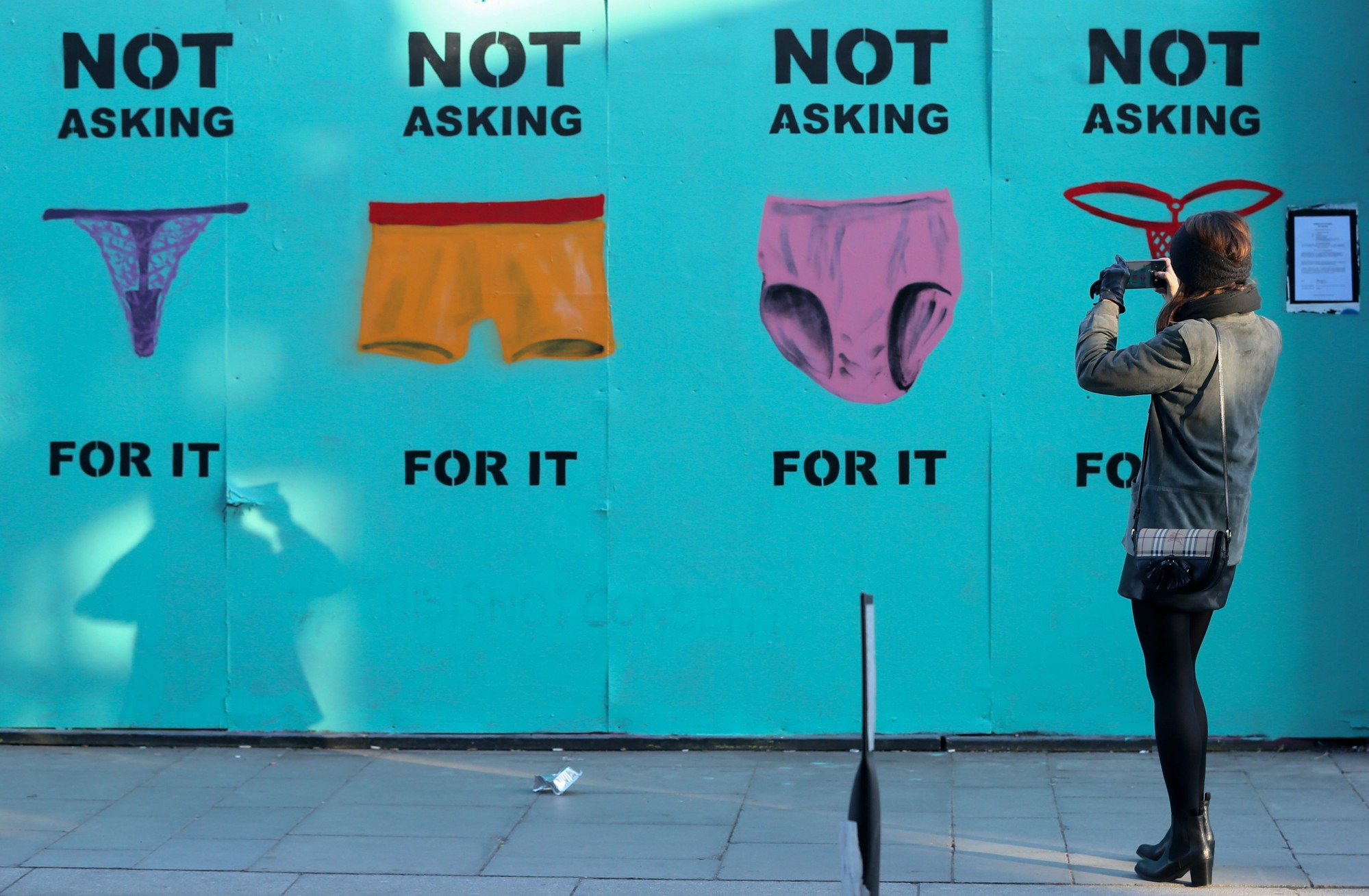 not asking for it | © PAUL FAITH/AFP/Getty Images