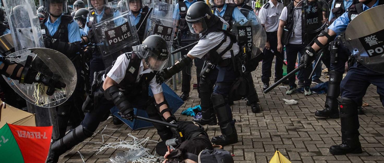 266870 hongkong-protest-traenengas-strassenschlacht-polizeigewalt | © icolas Asfouri / AFP via Getty Images