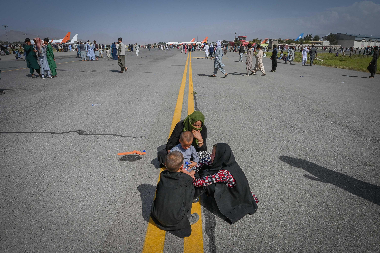 ARCHIVIERT_afghanistan kabul flughafen airport talibanflucht-278854-c-AFP via Getty Images-25-09-21